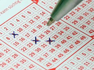 Lottozahlen auf Lottoschein